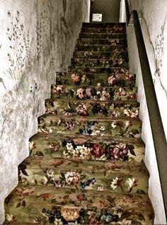 lovely old stair carpet