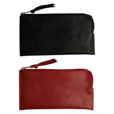 This leather wallet/pouch Dean M is perfect with its one compartment to store whatever; traveling papers, receipts, id-card, make-up, iPhone 6+,pens and pencils etc. This pouch combines well with the small leather pouch Dean XS , which allows you to keep things separate and organized. The sturdy look makes this wallet very populair with men. Dimensions: 11(h) x 21(w) x 0.5(d) cm