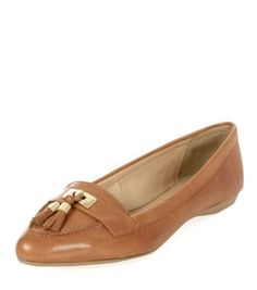 Tan Leather Pointed Tassel Loafers