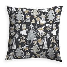 Delightful decorative pillow cover with a Christmas pattern in black by Tove Jansson. Add some beautiful Moomin magic to your home. The Finlayson fabric is 100% cotton. Size 48 x 48 cm.Moomin products by Finlayson are inspired by Tove Jansson's original drawing and are authentic ©Moomin Characters™ license products. Finlaysonin Joulumuumi-koristetyynyliina, jossa Tove Janssonin piirtämä kuosi. Upeat yksityiskohdat ja tyylikäs väritys tuovat tyyliä keittiöön. Finlaysonin kangas on 100%…