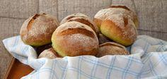 Nettle rolls by Scandinavian Bread blog