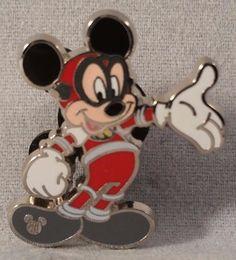 Disney Pin Walt Disney World - 2015 Hidden Mickey - Space Suit Mickey Mouse #Disney #PinCollectibles