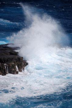 Waves at Makaha, Oahu, Hawaii. I miss this... :o(