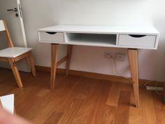 escritorio escandinavo laqueado retro vintage nordico Chill Out Room, Home Office, Retro Vintage, Desk, Bedroom, Furniture, Home Decor, Scandinavian Office, Woodworking