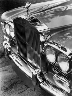 1971 Rolls-Royce Corniche..Re-pin brought to you by #CarInsuranceagents at #HouseofInsurance in #EugeneOregon