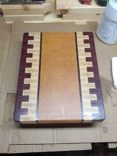 How to Make a Wood Cutting Board Cutting Board Storage, End Grain Cutting Board, Diy Cutting Board, Wood Cutting Boards, Butcher Block Cutting Board, Butcher Blocks, Chopping Boards, Carpentry Projects, Woodworking Projects Plans