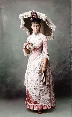 bcc6a9f0544a6 1870s Bustle Dress for Summer - love the parasol also! Victorian Costume,  Victorian Era