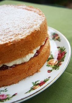 Country Women's Association - Sponge cake recipe with tips