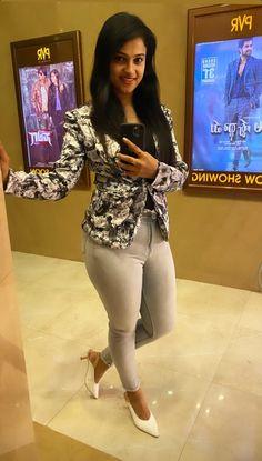 Beautiful Bollywood Actress, Beautiful Indian Actress, Dehati Girl Photo, Thighs Women, Hot Goth Girls, Arab Girls Hijab, Night Dress For Women, Indian Actress Hot Pics, Dress Indian Style