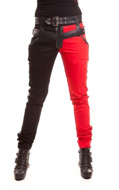 The Asylum trousers are inspired buy everyone's favourite comic book 'villain': Harley Quinn, with the classic red and black colour combo. Another awesome touch of these trousers are the faux leather panels on the hems.
