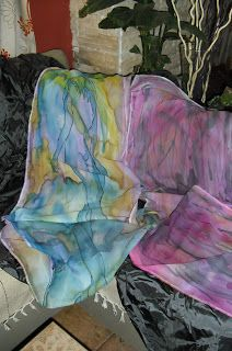 Pañuelos seda pintados a mano.