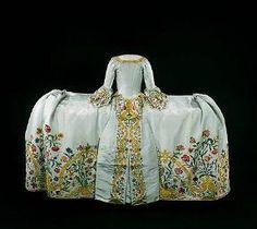 Wedding dress (manteau), ca 1759 the Netherlands, Rijksmuseum