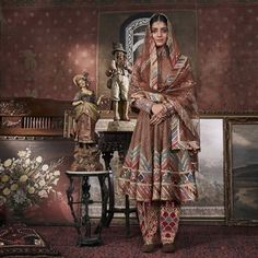 White Saree Wedding, Punjabi Wedding Suit, Wedding Suits, Sikh Wedding, Nikkah Dress, Shadi Dresses, Pakistani Dresses, Khada Dupatta, Rimple And Harpreet Narula