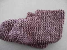 Adult booties knit pattern.