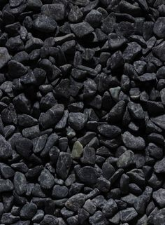 When searching for a natural stone supplier Jamali sells natural stones wholesale such as our Black River Gravel. Our garden rocks and stones, river stone pebbles, and river rocks are the finest colored wholesale stones. Black Rock Landscaping, Gravel Landscaping, Gravel Driveway, Landscaping With Rocks, Front Yard Landscaping, Landscaping Ideas, Gravel Patio, Pergola Patio, Rock Garden Design