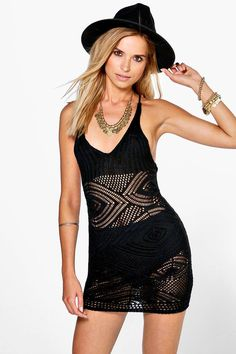f730a38c4684 11/12/18 Brand/Designer: Prettylittlething Dress Silhouette: Bodycon ...