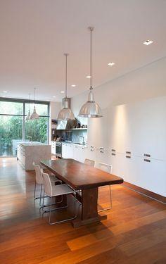 Pricila House by Estudio Martín Gómez Arquitectos - like the warmth of wood colour - love the clean feel