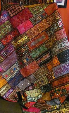 Fair trade quilt one of a kind textile art. Handmade Kuchi patchwork tapestry bedspread from HIP in Pakistan. Some of the patches are 80 to 100 years old. Patchwork Quilting, Scrappy Quilts, Mundo Hippie, Quilt Modernen, Fabric Art, Bed Spreads, Textile Art, Fiber Art, Quilt Patterns