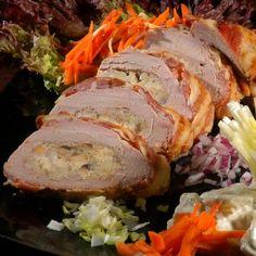Egy finom Töltött szűzpecsenye ebédre vagy vacsorára? Töltött szűzpecsenye Receptek a Mindmegette.hu Recept gyűjteményében! Hungarian Recipes, Mets, Jamie Oliver, Bacon, Pork, Turkey, Lunch, Cooking, Cooking Recipes