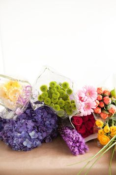 Bump Smitten: DIY Tutorial: Rainbow Flower Arrangement
