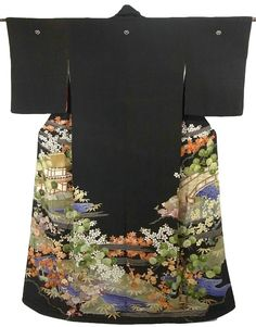 This is a vintage Susohiki Kimono with scenery of Japanese garden,building and bridge, which is dyed.