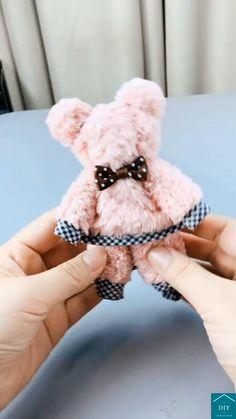 Diy Crafts For Home Decor, Diy Crafts Hacks, Diy Crafts For Gifts, Creative Crafts, Crafts To Make, Fun Crafts, Diy Teddy Bear, Teddy Bear Crafts, Diy For Kids
