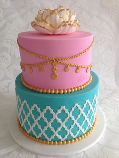 If your theme is Moroccan then this is the sweet 16 cake for you! Isn't it just beautiful?
