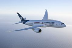 Boeing and ILFC Deliver First 787 Dreamliner to Aeromexico - Aug 16, 2013