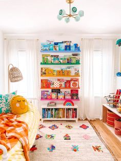Transitioning From Nursery to Big Kid Room - Studio DIY Playroom Decor, Kids Decor, Diy Home Decor, Second Hand Furniture, New Furniture, Skandinavisch Modern, Deep Shelves, Rainbow Nursery, Wall Spaces