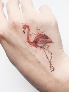 This high quality and long lasting temporary Flamingo tattoo has been designed by PAPERSELF's illustrator. A unique fashion accessory! UK's best tattoos!