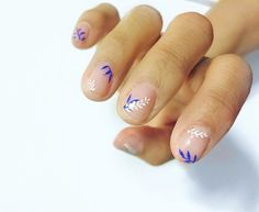 beautiful nail art   minimalist   manicure    Los Angeles Manicure Trend Negative Space Nail Art