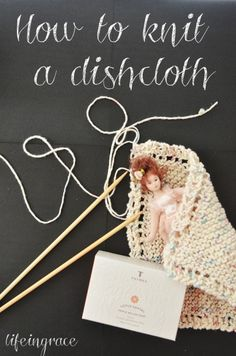 How to knit a dishcloth with easy to follow video instructions.  These make the perfect handmade gift and are quick and easy to make.
