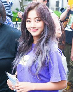 Twice-Jihyo 180629 KBS Music Bank Anniversary Special Brown Ombre Hair, Ombre Hair Color, Purple Ombre, Purple Hair, Kpop Girl Groups, Kpop Girls, K Pop, Nayeon, Kpop Hair Color