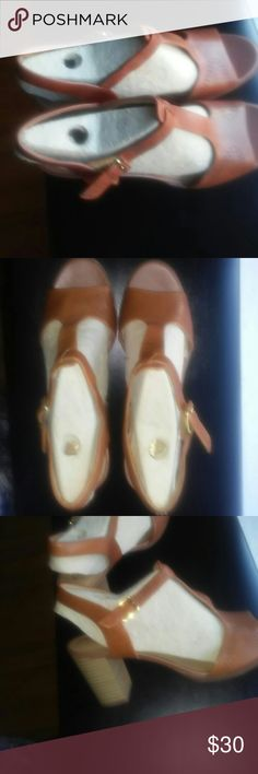 """Clarks leather thick heel sandal Never been worn clarks strappy 3"""" thick heel sandal in nutmeg color Clarks Shoes Sandals"""