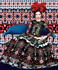 Prints of the Season by Erik Madigan Heck for Harpers Bazaar March 2014 Elisabeth Erm in Carolina Herrera. Foto Fashion, Fashion Shoot, Editorial Fashion, Fashion Art, High Fashion, Fashion Design, Style Fashion, Gypsy Fashion, Modern Fashion
