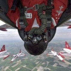 Türk Yıldızları'ndan gökyüzünde selfie