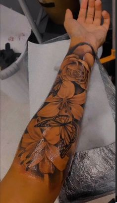 Dope Tattoos For Women, Black Girls With Tattoos, Shoulder Tattoos For Women, Badass Tattoos, Girls With Sleeve Tattoos, Black Girl Tattoo, Forarm Tattoos For Women, Girly Sleeve Tattoo, Dream Tattoos