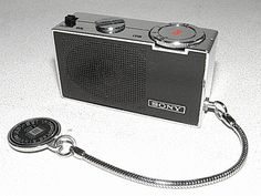 SONY, ICR-100 (1967) 世界初のICラジオ - テレビ修理-頑固親父の修理日記 Love Radio, Pocket Radio, Receptor, Audio Design, Transistor Radio, Cassette Recorder, Daft Punk, Old Ads, Vintage Cameras