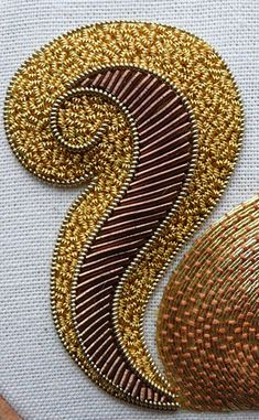 Beaded embroidery/diy/Work a metal thread embroidery Red Squirrel, in gold and copper/brown threads. You will learn the fundamental skills which encompass metal thread work. Tambour Beading, Tambour Embroidery, Couture Embroidery, Silk Ribbon Embroidery, Cross Stitch Embroidery, Embroidery Patterns, Bullion Embroidery, Bordados Tambour, Art Textile