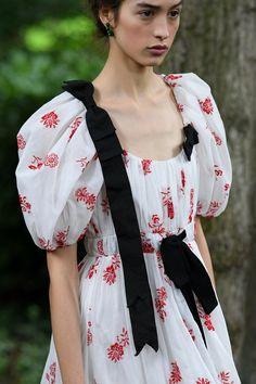 Vegan Doc Martens, Sleeveless Trench Coat, Crystal Texture, Floral Frocks, Couture Details, Erdem, Silk Crepe, Seersucker, Kimono Top