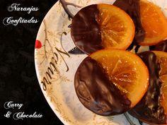 Naranjas confitadas y bañadas en chocolate -