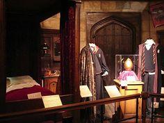 Harry, Ron, Seamus U0026 Nevilleu0027s Dorm Room Part 80