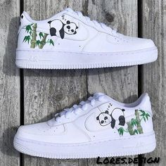 Panda Air Force The post Panda Air Force Bewerten Sie diese! Cop oder D appeared first on beste Schuhe. Sneakers Fashion, Fashion Shoes, Fashion Outfits, White Nike Shoes, Nike Custom Shoes, Custom Painted Shoes, Nike Shoes Air Force, Aesthetic Shoes, Cute Sneakers