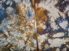 Baroness Color: Dyeing with frozen fabric: long time frozen vs. short time frozen.