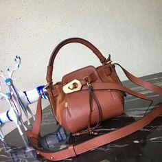 124974,Chloe Bag,Size 23x21x12 cm