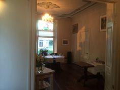 Het voorhuis; een mooie ruimte voor private dinners.Twiskerslot. http://twiskerslot.nl/menukaart/