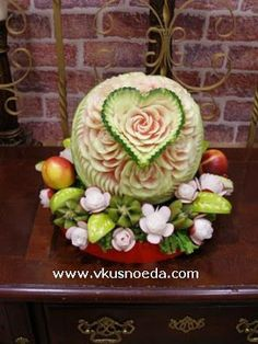 Fruit Carving Arrangements and Food Garnishes: How To Make Wedding Watermelon With Heart & Roses Pattern