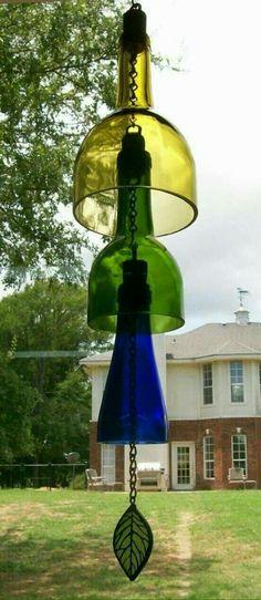 Wine Bottle Wind Chime (recycled) Wine bottle wind chime recycling by CDChilds on Etsy Recycled Wine Bottles, Wine Bottle Corks, Glass Bottle Crafts, Lighted Wine Bottles, Bottle Lights, Recycled Glass, Glass Bottles, Creation Deco, Wind Chimes