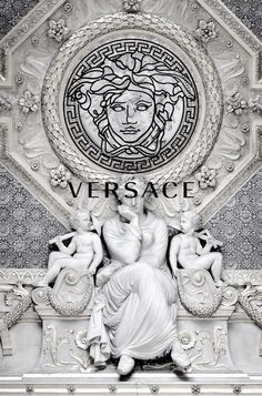 Haute couture versace fondos, versace perfume, versace chain r… Screen Wallpaper, Wallpaper Backgrounds, Iphone Wallpaper, Dope Wallpapers, Aesthetic Wallpapers, Versace Wallpaper, Foto Top, Black And White Photo Wall, Black White