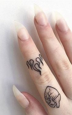 New eye-catching celebrity-inspired finger tattoos, .- New eye-catching celebrity-inspired finger tattoos you'll be expressing this year … – New eye-catching celebrity-inspired finger tattoo designs you'll be expressing this year – # - Mini Tattoos, Flame Tattoos, Dainty Tattoos, Little Tattoos, Pretty Tattoos, Cute Tattoos, Body Art Tattoos, Small Tattoos, Tatoos